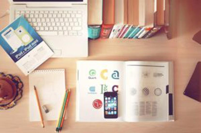 How To Become a 'Closet' Organizer of Student Workspace